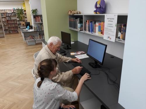 Biblioteka dla dzieci nr 15 kurs komputerowy e-senior