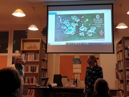 noc bibliotek - spotkanie podróżnicze o Galapagos