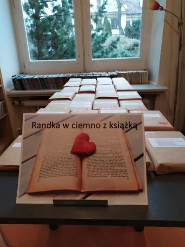 Wypożyczalni nr 13 – Zabawa dla czytelników - Randka w ciemno z książką
