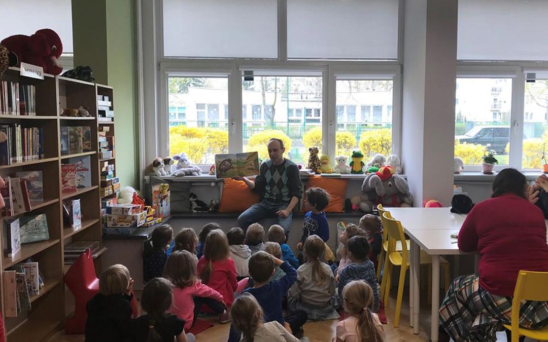 lekcja biblioteczna w bibliotece dla dzieci nr 15