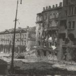 Na zdjęciu fragment ulicy Krakowskie Przedmieście w czasie okupacji